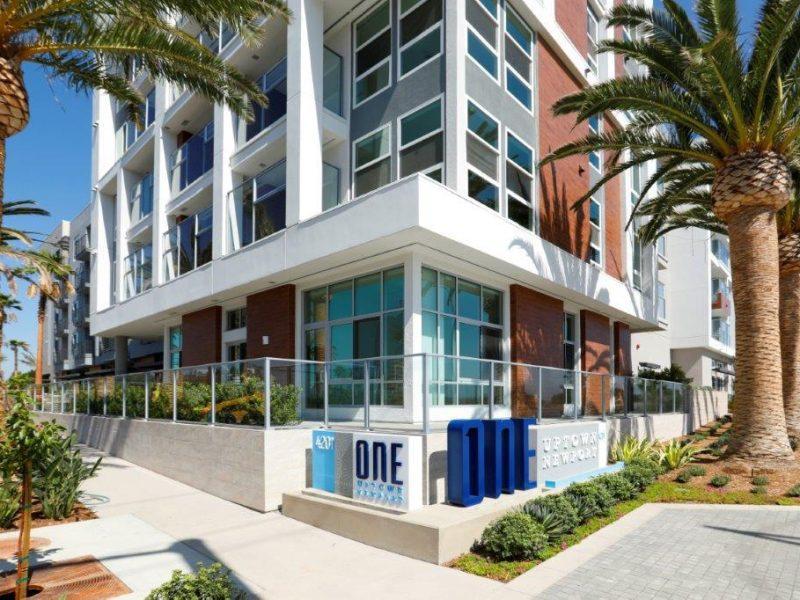 Exterior of One Uptown Newport in Newport Beach